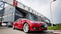 Daimler изненадващо продаде дела си в Tesla