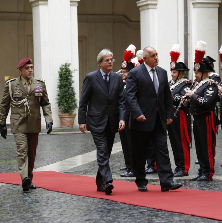 Паоло Джентилони посреща Бойко Борисов в Италия
