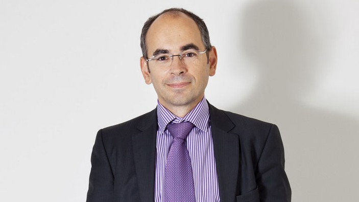 Ив Каракацанис